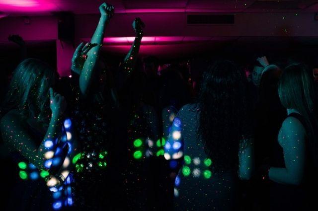 Бары ночные клубы нижнего новгорода ооо альянс сочи ночной клуб