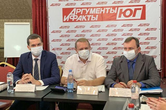 Эксперты Росреестра по Краснодарскому краю обсудили нюансы земельного законодательства с представителями профессионального сообщества.
