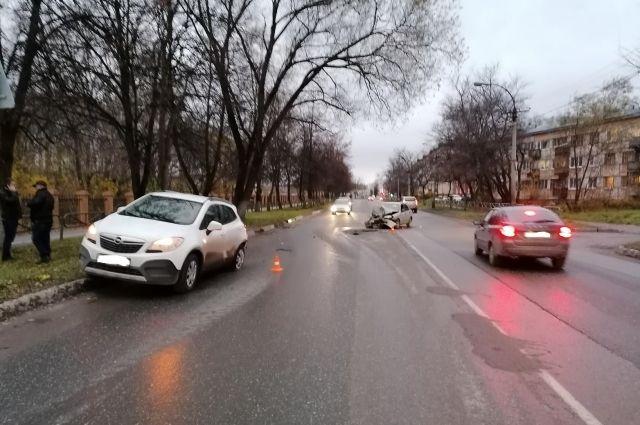Во время проверки выяснилось, что водитель Chevrolet был пьян. Второй участник ДТП, водитель автомобиля Opel от прохождения медицинского освидетельствования на состояние опьянения отказался.