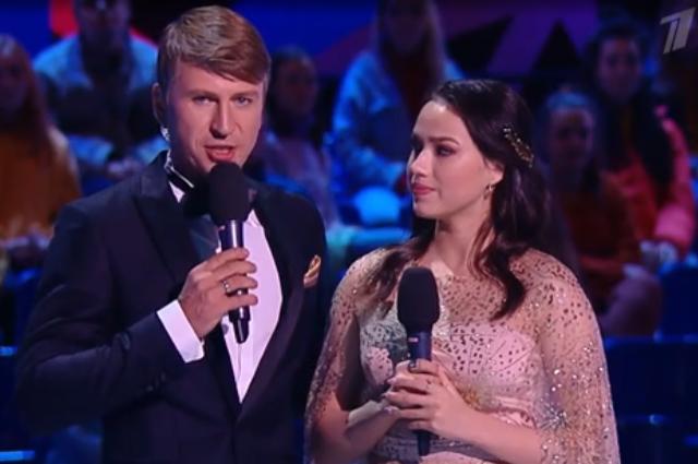 Алина Загитова поддерживает участников