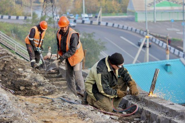 Реконструкция путепровода на улице Джамбула продолжится в следующем году.