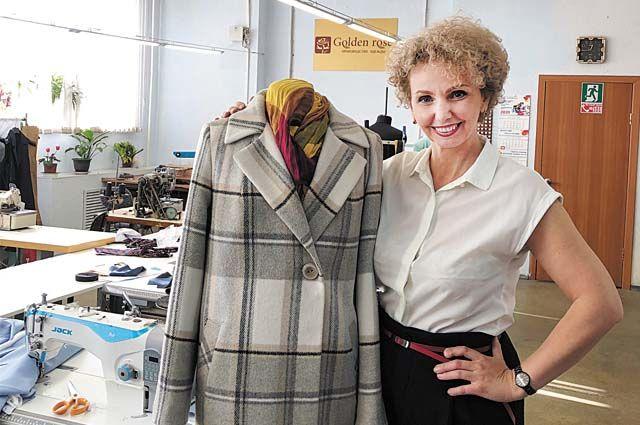 Вера Долганова открыла салон по пошиву верхней одежды.