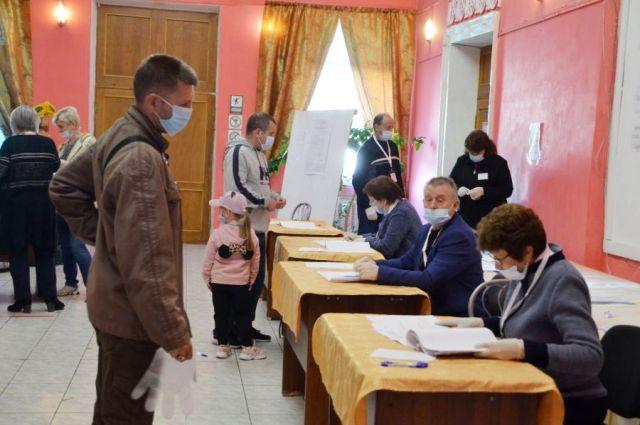 Система нынешних довыборов в Екатеринбурге была обкатана при голосовании по поправкам в Конституцию.
