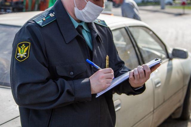 Мужчина накопил штрафы общей суммой 105 тысяч рублей.