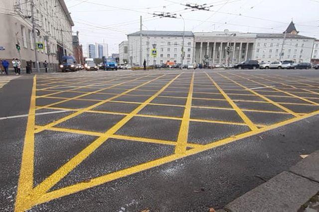 На перекрестке Советского проспекта и Проспекта Мира появилась новая разметка