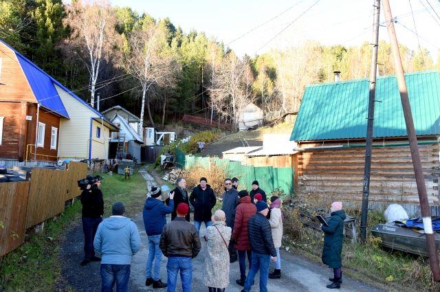 Депутаты решили на месте оценить ход строительства нового микрорайона