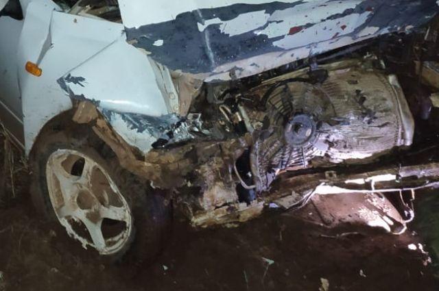 В Красногвардейском районе столкнулись два автомобиля.
