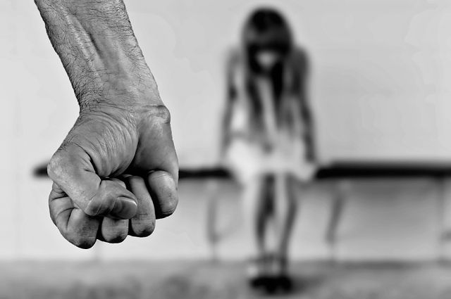 Насильник дважды надругался над ребенком.