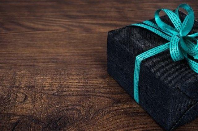 В подарке будут находиться 13 позиций продуктов