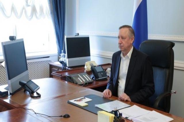 Губернатор Санкт-Петербурга ушел на удаленку