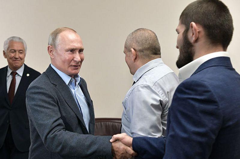 Хабиб Нурмагомедов и Владимир Путин, 2019 год.