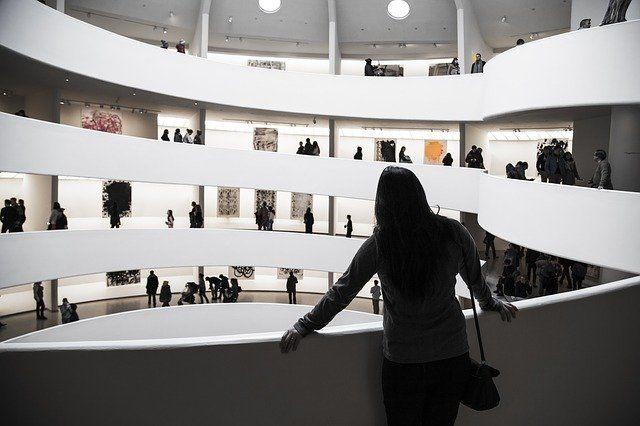Тюменцы продолжают собирать экспонаты для нового музей торговли