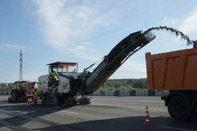 В этом году благодаря значительному финансированию и хорошей погоде удалось выполнить большой объём дорожных работ.