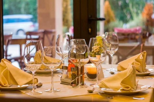 Вторая волна коронавируса может привести к краху ресторанного бизнеса