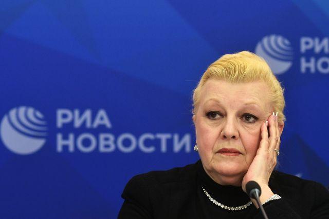 СМИ: вдову Баталова шокировало задержание актрисы Дрожжиной и её мужа