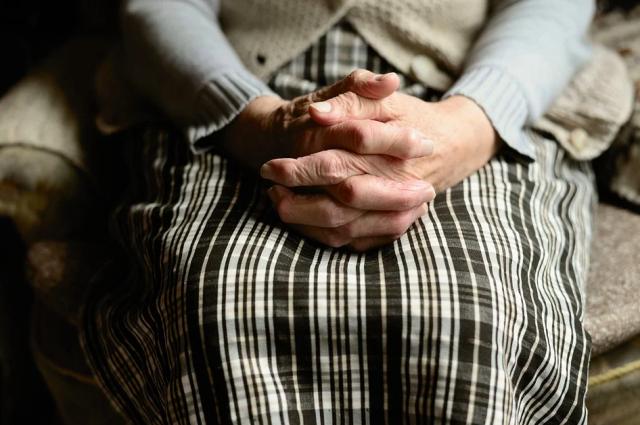 Продлен режим самоизоляции для пожилых оренбуржцев.