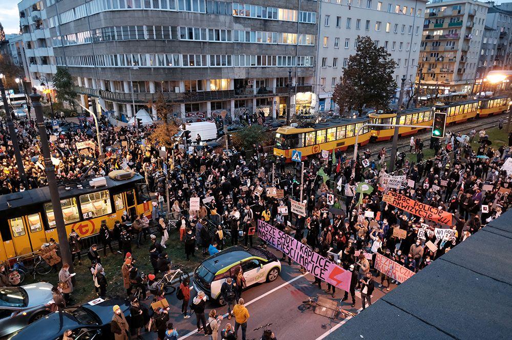 Польский протест: народ против абортов? Или всё гораздо глубже? (продолжение)