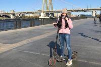 Казанцы предпочитают кататься по Кремлёвской набережной, где есть велодорожки.