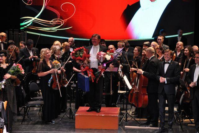 Каждый год оркестр радует разнообразными премьерами.
