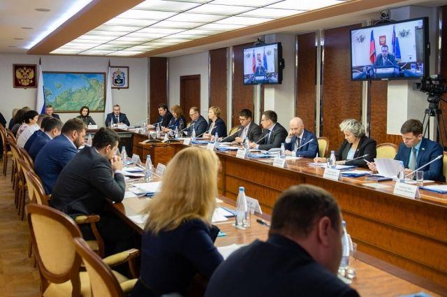 Президент России Владимир Путин утвердил Стратегию развития Арктики до 2035.