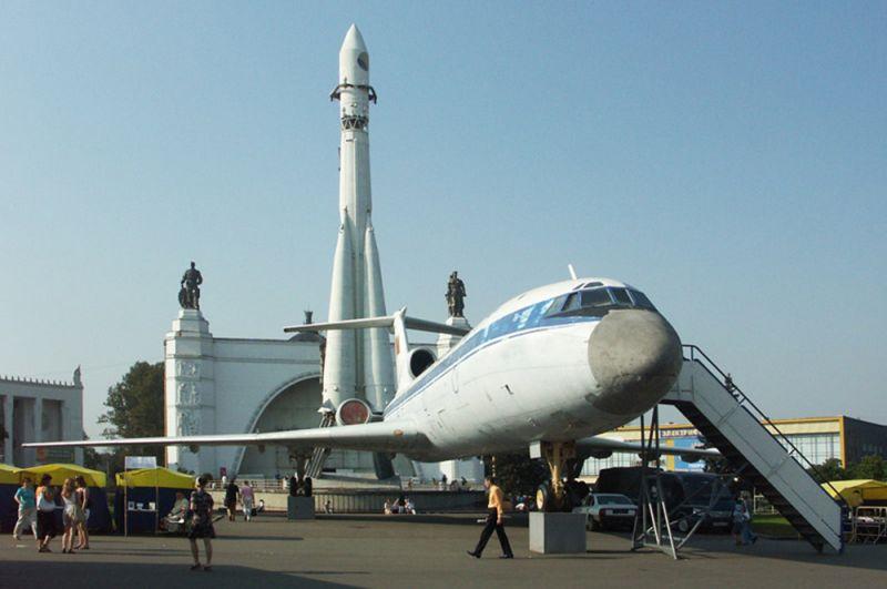 Ту-154 на ВВЦ. 2008 год.