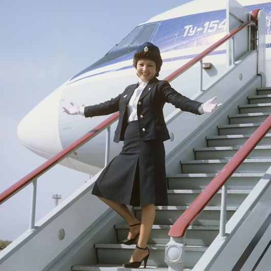 Стюардесса рейса самолета Ту-154 «Москва-Ашхабад». 1981 год.