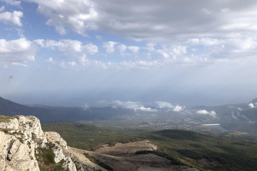 Высота над уровнем моря: 1 527 метров.