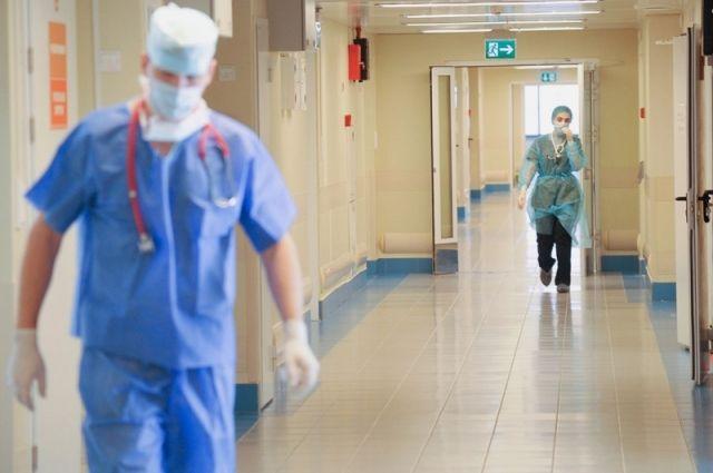18 медработников за сутки заболели коронавирусом в Калининградской области