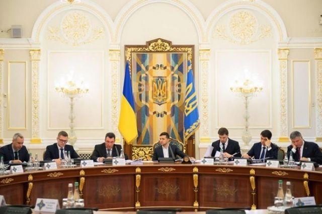 Зеленский созвал срочное закрытое заседание СНБО: подробности