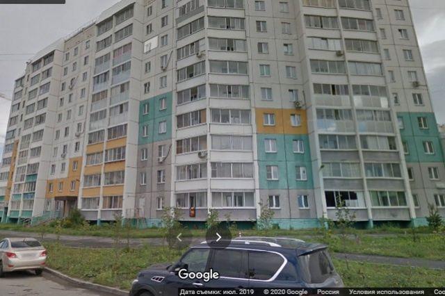 Жильцы дома по Головницкого, 32 не планировали менять обслуживающую УК. Фото: Google maps