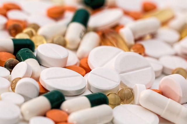 Сейчас запас лекарств в аптеках региона ежедневно увеличивается.