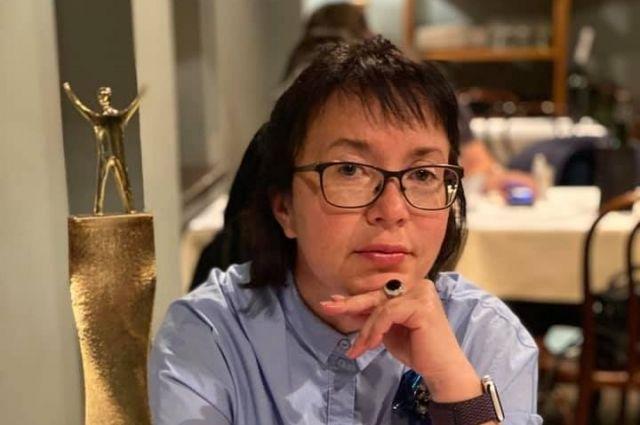 Вице-президент, директор Департамента коммуникаций, пресс-секретарь президента-председателя правления банка «Открытие» Анна Кантер-Амелькина.