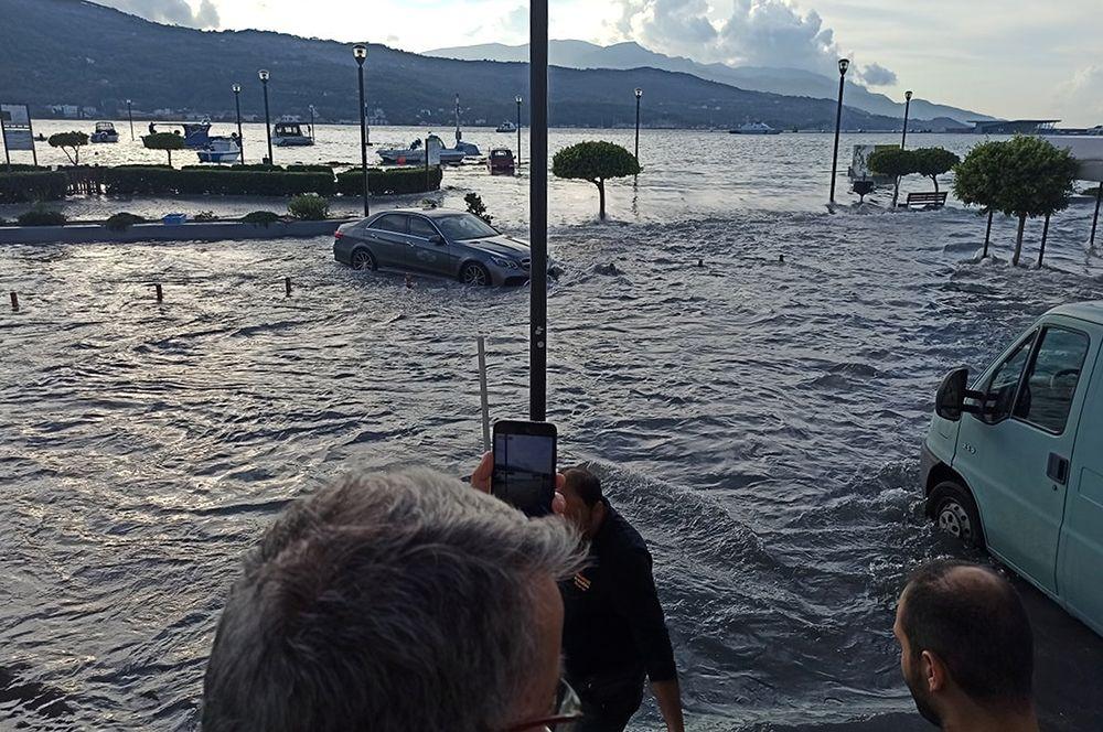Наводнение на Самосе.