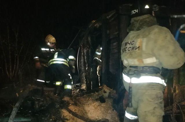 Пожар на улице Белова в Барнауле
