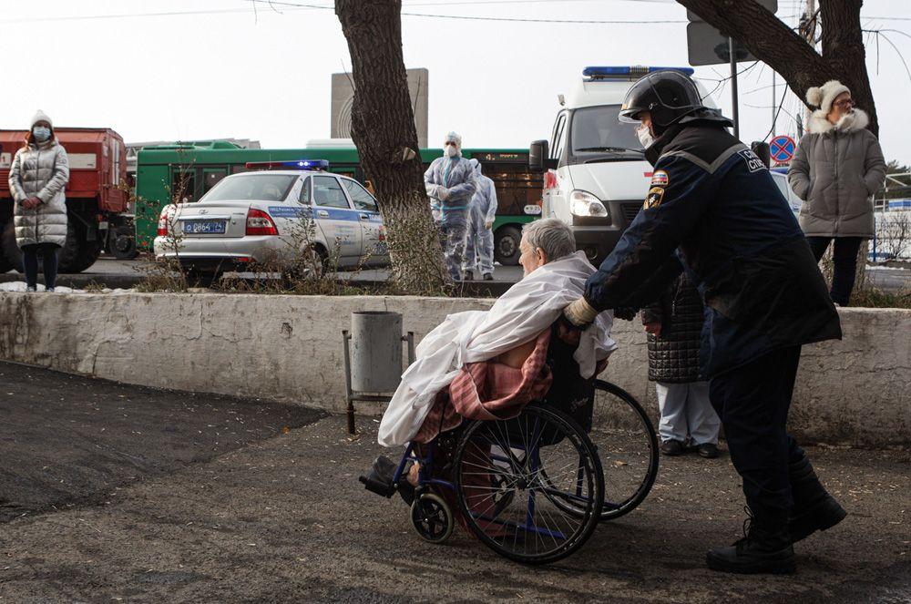 Эвакуация пациентов 2-й городской больницы Челябинска.