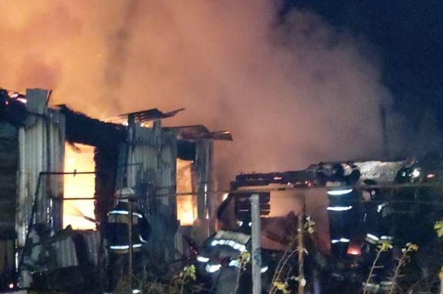 Из газифицированного дома эвакуировали 20 человек.