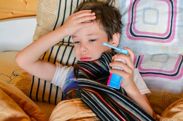 На новогодних праздниках число заболеваний гриппом и ОРВИ может вырасти.