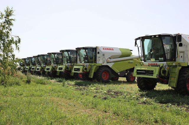 Зерноуборочные комбайны, произведенные на заводе ООО «Клаас» (Claas) в Краснодаре.