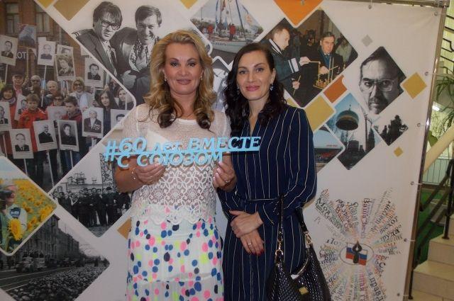 Светлана Аксёнова и Елена Аасанова - две звезды омского ТВ.