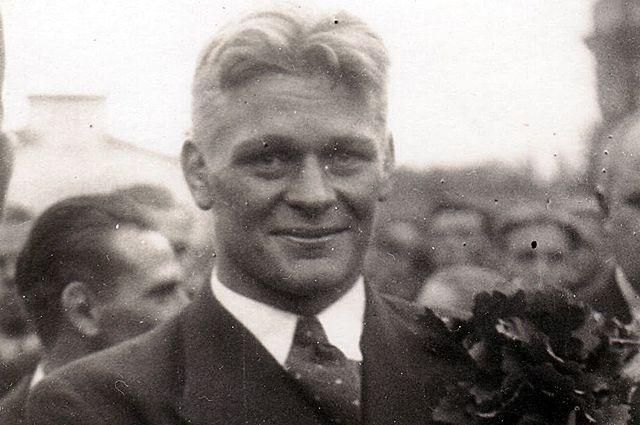 Кристиан Палусалу.