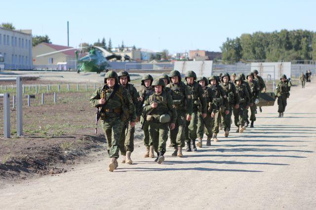 Несмотря на пандемию коронавируса, осенний призыв на военную службу продолжается в Новосибирской области. Подробности рассказали в пресс-службе правительства региона.