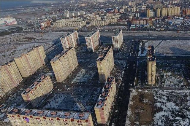 В Тюмени идет активное строительство дорог в микрорайоне Ямальский-2