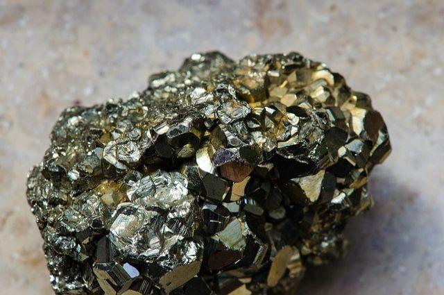 Крупные месторождения золота, кварцита и хрома в Оренбуржье выставлены на торги.