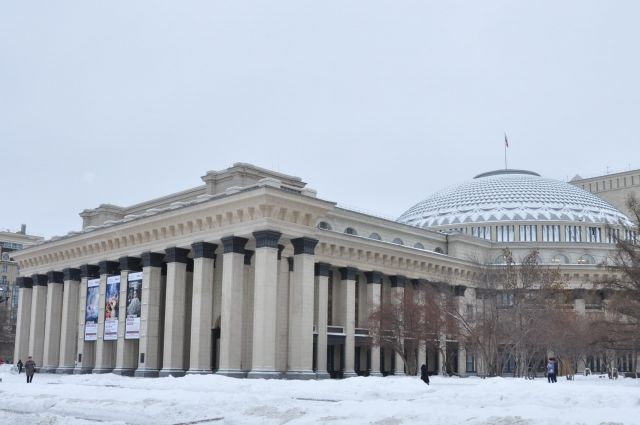 Оперный театр объявил о переносе балетов на 2021 год.