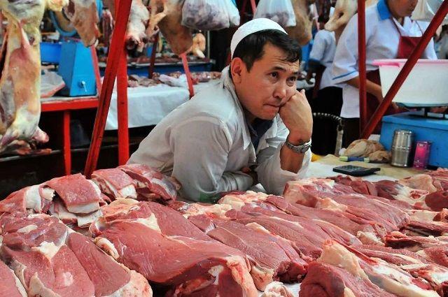 Очень скоро казахстанцы перестанут мясоедствовать. Даже по выходным.