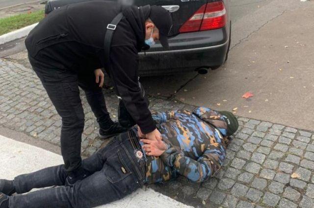 В Киеве злоумышленники требовали у предпринимателя 700 тыс. грн