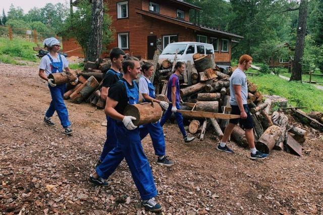 В компании около 2,5 тыс. активных волонтеров.