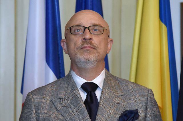 «Ментально больные территории». Киев не готов признать Донбасс равным себе?