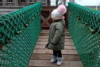 Саиде всего 5 лет, и спрашивать, с кем она хочет остаться, суд не будет.