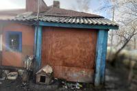 Крупный пожар в частном жилом доме Каргатского района Новосибирской области унес жизни пяти человек. В огне сгорели трое детей и двое взрослых, сообщает пресс-служба ГУ МЧС России по региону
